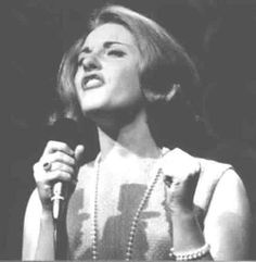 "Lesley Gore reached the top spot on the pop charts with ""It's My Party"" in 1963 Leslie Gore, Pop Charts, Bubblegum Pop, Young Celebrities, Celebs, Happy Song, Women In Music, People Of Interest, Foo Fighters"