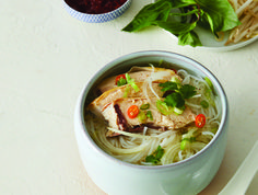 Pho noodle soup with