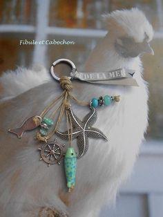 Beaded Purses, Beaded Jewelry, Handmade Jewelry, Jewellery, Diy Keychain, Keychains, Driftwood Jewelry, Diy Notebook, Bijoux Diy
