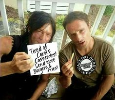 The Walking Dead's Top 20 Rickyl Moments (Daryl Dixon & Rick Grimes): A Bromance… Walking Dead Funny, Walking Dead Zombies, Fear The Walking Dead, Andrew Lincoln, Norman Reedus, Daryl And Rick, Daryl And Carol, Dead Inside, Dead Man