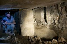 Alyattes tomb chamber: http://ids.lib.harvard.edu/ids/view/16017733
