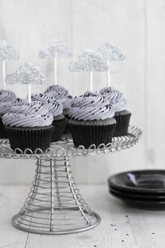Sprinkle Bakes: Sunshine Inside: Black Sesame Cupcakes with Lemon Curd Love the idea of combining these black cloud cupcakes with some rainbow cupcakes for a kid's birthday party!