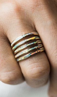 Quiges Stainless Steel Rose Gold with Round Off White Shell Inner Ring 2mm Height for Stackable Ring Collection