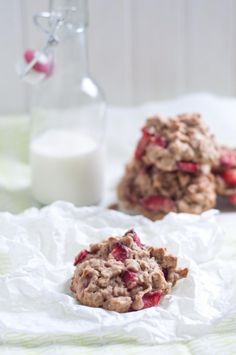Strawberry Oatmeal Cookies & Is Food Writing Dead?