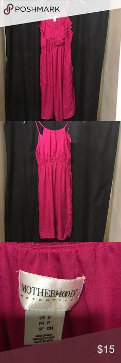 🌸Motherhood MATERNITY Dress size small hot pink 🌸Motherhood MATERNITY Dress size small hot pink. Ruffle front with pockets Motherhood Maternity Dresses Midi