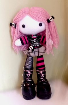 Mihijime by on DeviantArt Fabric Doll Pattern, Plush Pattern, Fabric Dolls, Doll Patterns, Rag Dolls, Chica Punk, Nifty Crafts, Crochet Dragon, Gothic Dolls