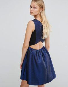 Bild 2 von Girls On – Glitzerndes, ausgestelltes Kleid mit V-Ausschnitt