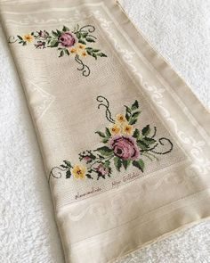 it was puzzled while looking for something again. it is not nice to you :) turkish towel wonderfull Cross Stitch Rose, Cross Stitch Flowers, Cross Stitch Embroidery, Cross Stitch Patterns, Knitting Patterns, Crochet Patterns, Embroidery Flowers Pattern, Flower Patterns, Embroidered Towels