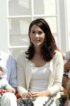 Princess Mary of Denmark (January 2005 - February 2010) - Page 14 - the Fashion Spot