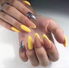 Almond Acrylic Nails, Summer Acrylic Nails, Best Acrylic Nails, Nail Art Designs Videos, Almond Nails Designs, Oval Nails, 3d Nails, Fire Nails, Yellow Nails