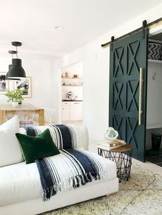 The stoplight of a home typically begins and ends with the appeal of your living room. When it comes to having a farmhouse living room, having sleek decor Home Design, Design Ideas, Condo Design, Interior Design Minimalist, Modern Design, The Doors, Interior Barn Doors, Modern Barn Doors, Room Interior