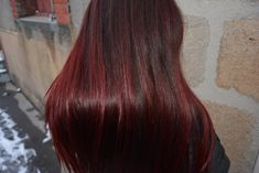Un petit récapitulatif de mes cheveux, une routine de soins naturels et des colorations au henné pour des cheveux en pleine santé ! Red Henna, Henna Hair, Natural Red Hair, Latin Music, Auburn, My Hair, Black Hair, Hair Beauty, Long Hair Styles