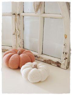Gehaakte pompoenen   Crochet pumpkins by Versponnenes #decoratie