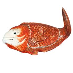 18th Century Chinese Export Porcelain Fish | From a unique collection of antique and modern figurines at https://www.1stdibs.com/furniture/dining-entertaining/figurines/