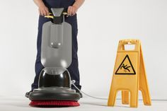 Move out Cleaners Domestic Cleaning Services, House Cleaning Services, Carpet Cleaning Company, Cleaning Companies, Bethnal Green, Green Carpet, Carpet Cleaners, Tidy Up, Spring Cleaning