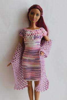 Crochet Toys Barbie Clothes Crotchet dress for Barbie Barbie Clothes Patterns, Crochet Barbie Clothes, Crochet Dolls, Cute Crochet, Beautiful Crochet, Crotchet Dress, Accessoires Barbie, Manequin, Fashion Dolls