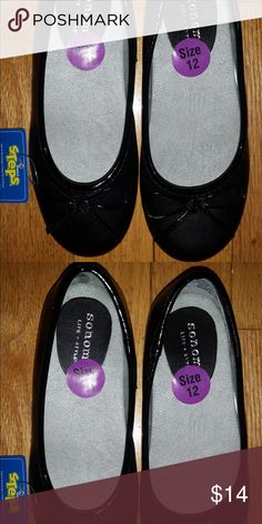 Sonoma Clara shoes size 12 Sonoma NWT size 12 black shoes. Great for the holidays! Sonoma Shoes Dress Shoes