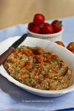 Vegetarian Recipes, Cooking Recipes, Romanian Food, Ratatouille, I Foods, Salad Recipes, Food To Make, Food And Drink, Yummy Food