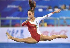 Filipa Martins conquistou a medalha de ouro no concurso de paralelas assimétricas na Taça do Mundo de ginástica artística de Medellín, na Colômbia.