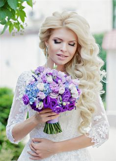 blond long curly wavy wedding hairstyle ideas