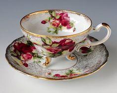 Royal Halsey Very Fine Tea Cup and Saucer, Teacup Set, Heavy Gilt, Three Feet… Tea Cup Set, My Cup Of Tea, Tea Cup Saucer, Shabby Vintage, Vintage Tea, Shabby Chic, Café Chocolate, Teapots And Cups, Teacups
