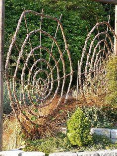 Woven spiral garden structures | Backyards Click