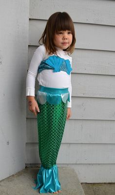 Mermaid costume.  Not technically a craft the kids can do, but DD has been insisting on me making her a mermaid tail...