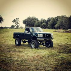 Lifted Ford Trucks, Lifted Dually, Lifted Chevy, Truck Names, Obs Truck, Ford Powerstroke, Classic Pickup Trucks, Ford 4x4, Toy Trucks