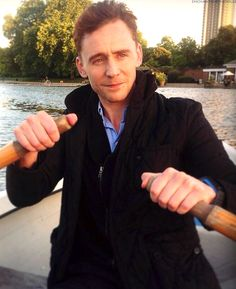 """enchantedbyhiddles: """" So here we are, Tom Hiddleston and me, in a boat in the middle of the Serpentine as the sun sets on a lovely autumn evening. He is doing the rowing. 'Shall we turn the boat. Thomas William Hiddleston, Tom Hiddleston Loki, Cinema, Marvel Actors, Hot Actors, 2 Instagram, Celebs, Celebrities, Attractive Men"""