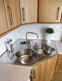 Furhoff's corner sink in stainless kitchen sink for corner # … Kitchen Interior, Home Decor Kitchen, Kitchen Design Small, Classy Kitchen, Kitchen Remodel, Kitchen Decor, Kitchen Modular, Diy Kitchen, Kitchen Sink Design