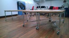 Creëer een stoer en robuust kantoorinterieur met de buizen en koppelingen van Buidekoppelingshop.nl  #tafel #kantoor #interieur