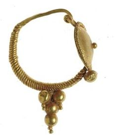 Name: Earring  Period: Late Roman Material: Gold Site: Hurfeish Description: Gold earring, made of a twisted wire with a convex disc and a cluster in the front.