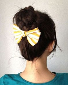 buttermilk bow. i need to start doing my hair like this