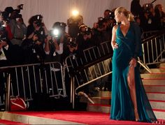 Vogue - Parties — Best of the Met (past 5 years, starting 2012) - 10. Blake Lively in 2009