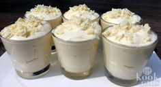 The most delicious dessert you've ever tasted: white chocolate mousse! A scrumptious sweet indulgence that's perfect for Christmas dinner: white chocolate Delicious Desserts, Dessert Recipes, Banana Drinks, White Chocolate Mousse, Good Food, Yummy Food, High Tea, Sweet Recipes, Creme