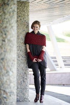 A lovely accessories set of wristwarmers, cowl and clutch - download the knitting pattern from LoveKnitting