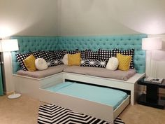 Love this corner seating and trundle for game room! My New Room, My Room, Girl Room, Girls Bedroom, Bedroom Decor, Bedrooms, Dressing Design, Bed In Corner, Corner Twin Beds
