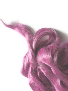 Ramie Roving : Ramie fibers in tones of Dusty Pink called Cyclamen