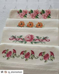 A imagem pode conter: flor Rico Design, Cross Stitch Designs, Diy And Crafts, Bouquet, Embroidery, Crochet, Model, Instagram, Face Towel