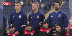 Volkan Demirel: Taraftar haklı, ben de sinirleniyorum: Fenerbahçe-Akhisar Belediyespor maçının ardından Volkan Demirel, taraftarın tribünlere gelmeme kararının haklı olduğunu söyledi.