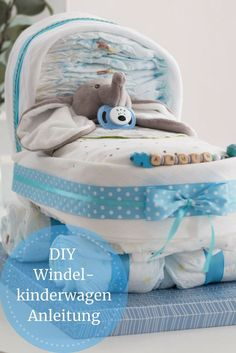 DIY craft idea: gifts for birth. Fancy diaper stroller with instructions . DIY craft idea: gifts for birth. Make fancy diaper strollers yourself with instructions. Aden Et Anais, Baby Shower Mixto, Baby Showers Juegos, Diaper Stroller, Diy Bebe, Presents For Her, Baby Presents, Diy Gifts For Kids, Craft Gifts