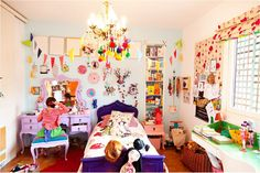 life unstyled: Eclectic Kids' Room Madness O my goddd! Casa Kids, Design Textile, Little Girl Rooms, Kid Spaces, My Living Room, Girls Bedroom, Bedrooms, Apartment Therapy, Kitsch Decor
