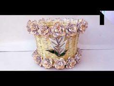 Ghiveci mare din ziare pentru flori - Large flower pots for newspapers Large Flower Pots, The Creator, Planter Pots, Paper Envelopes, Large Plant Pots