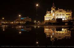 Cascais by night Day Tours, Day Trip, Lisbon, Empire State Building, Big Ben, Portugal, Mansions, House Styles, Places