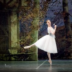 Svetlana Zakharova Giselle in Act 1 of the Teatro Di San Carlo's Giselle. Photo (c) Jack Devant