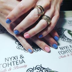 """Ομορφα νυχια στο σαλονι Ομορφιας """"ΝΥΧΙ & ΓΟΗΤΕΙΑ"""""""