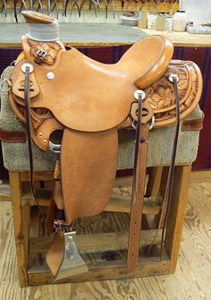 R.C. Saddle - Custom Wade Saddles by Robert Chavez