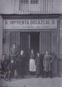 Imprenta Ducazcal, Plaza de Isabel II, nº 6. Principios del Siglo XX. Autor desconocido Colección Izquierdo-Mariblanca.