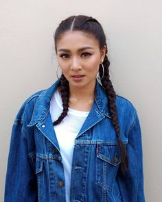 Learn the latest hair care tips and hints. Nadine Lustre Fashion, Nadine Lustre Makeup, Nadine Lustre Ootd, Nadine Lustre Outfits, Beautiful Celebrities, Beautiful People, Lady Luster, Debut Gowns, Jadine