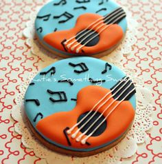 A boy's music themed birthday party favors, Guitar Cookies. Music Themed Cakes, Music Themed Parties, Music Party, Music Theme Birthday, Birthday Party Favors, Birthday Ideas, Cake Birthday, Galletas Cookies, Sugar Cookies